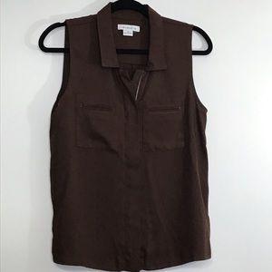 Liz Claiborne full zip sleeveless blouse pockets
